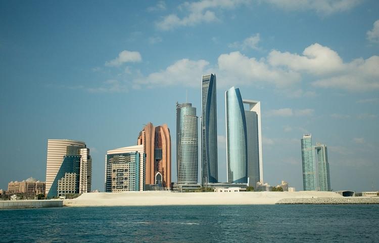 Abu Dhabi La capital mas lujosa del Oriente Medio