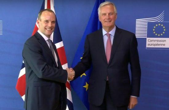Dimite el ministro del Brexit, Dominic Raab, tras el acuerdo de Theresa May con la UE