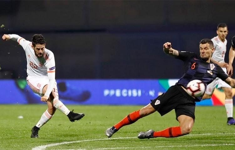 España se complicó la clasificación para la Final Four de la Liga de Naciones de la Uefa que está ahora en manos de ingleses y croatas