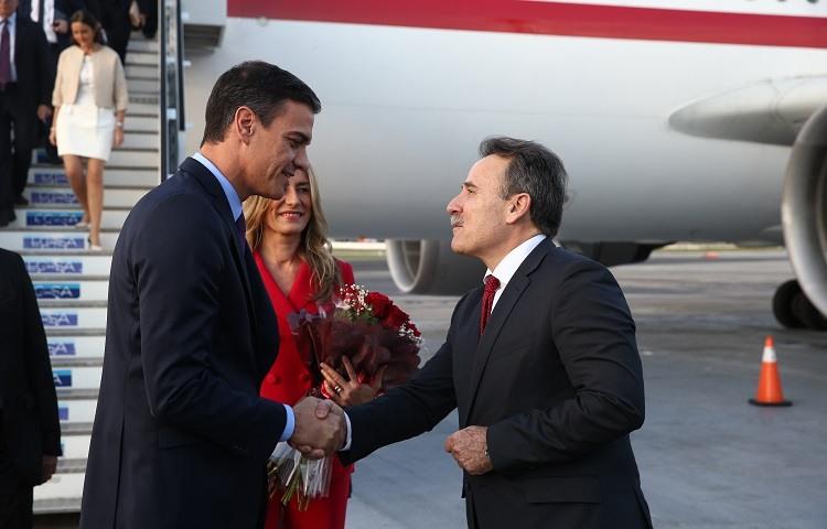 Pedro Sanchez a su llegada