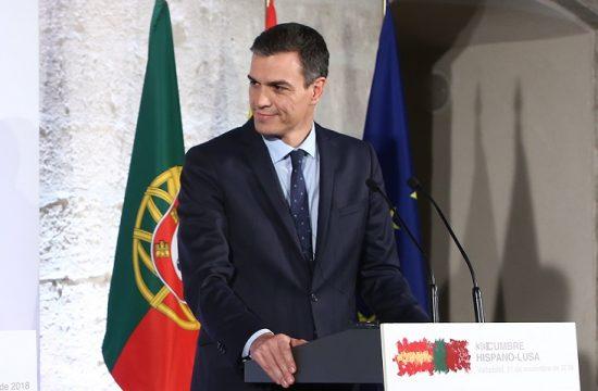 Pedro Sanchez vetara el acuerdo del Brexit