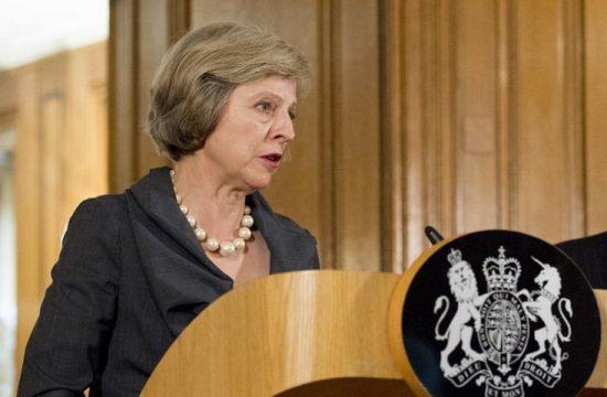 Theresa May, El tiempo se esta acabando, el Brexit ha entrado en la partida final