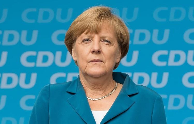Angela Merkel entrega las riendas de su partido