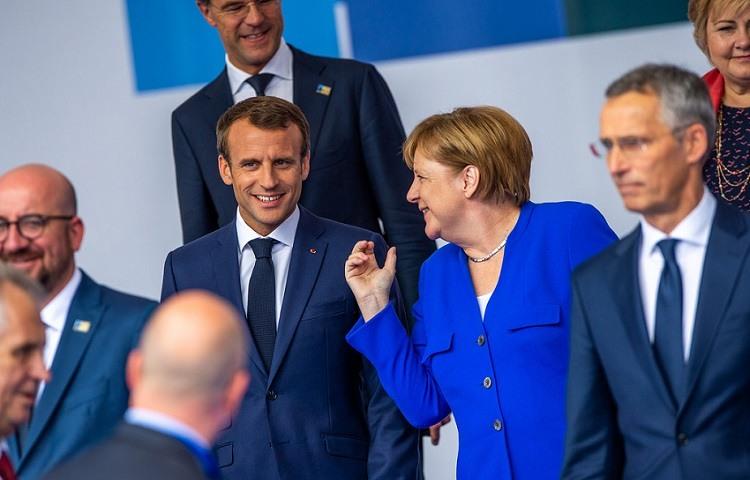 Merkel y Macron acuerdan un tratado de cooperacion bilateral
