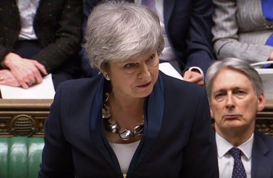 Theresa May abre la puerta a retrasar la salida del Reino Unido de la UE