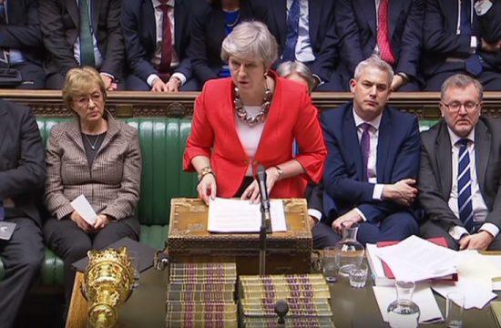 El parlamento britanico rechaza el acuerdo de May