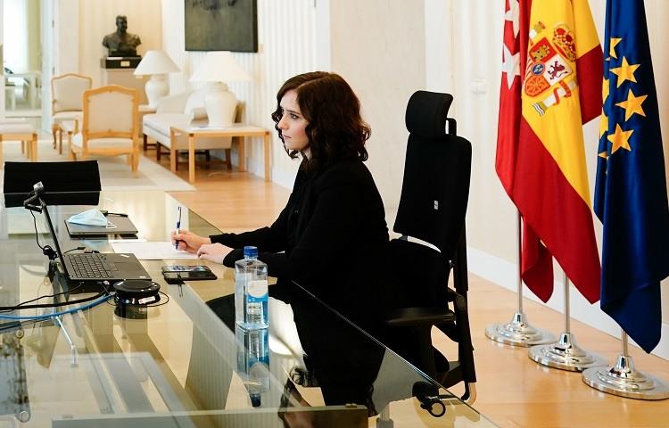 diaz_ayuso_videoconferencia_de_presidentes