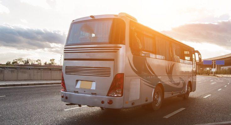 Ventajas de alquilar un minibús con conductor
