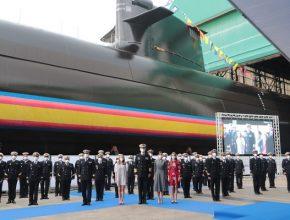 Ceremonia de puesta a flote del submarino S-81
